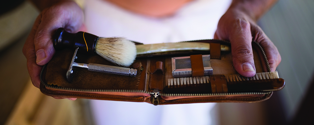 Personalized-Gift-Long-Distance-shaving-Kit